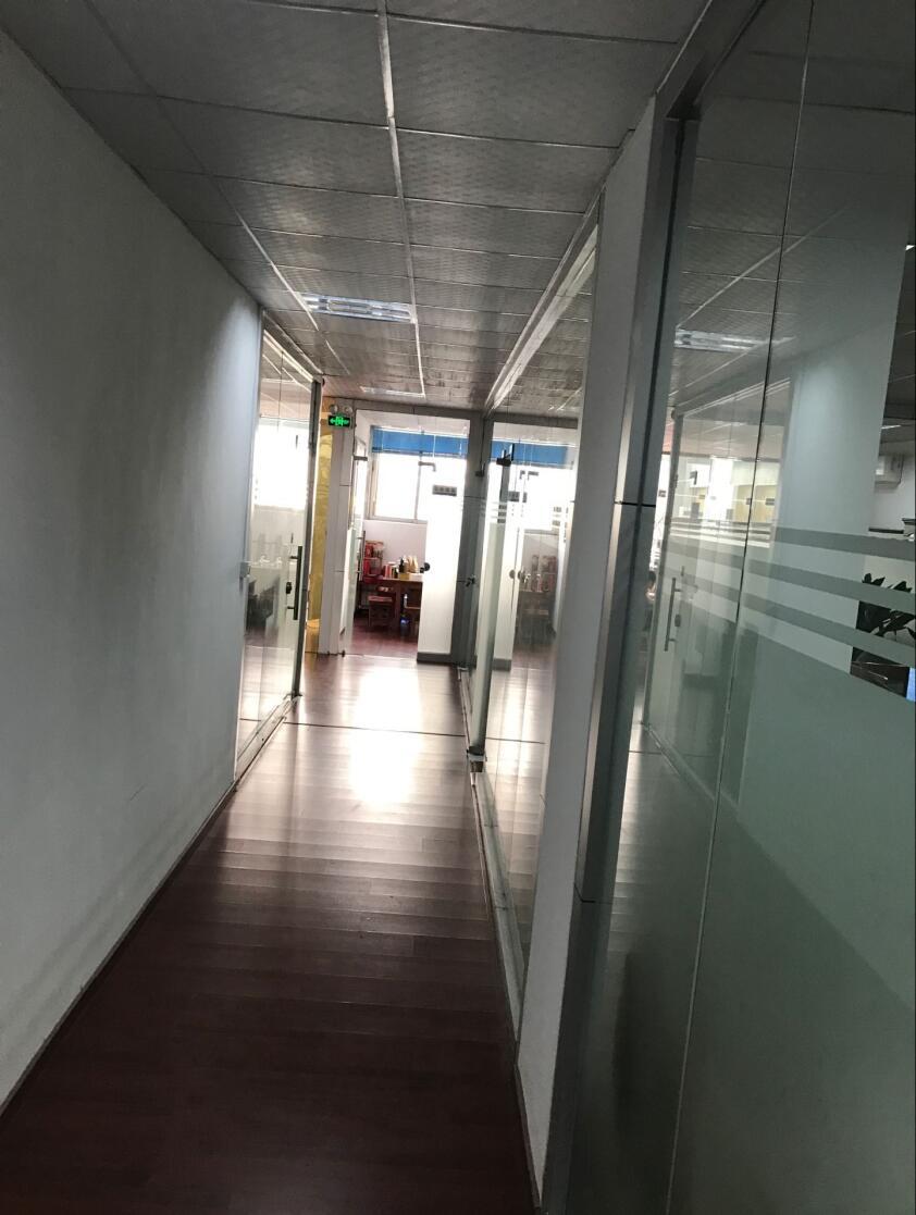 办公室走道
