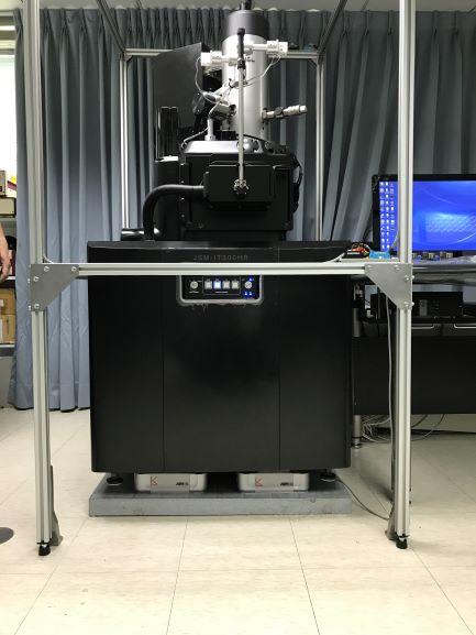 扫描电子显微镜磁场消磁系统.jpg