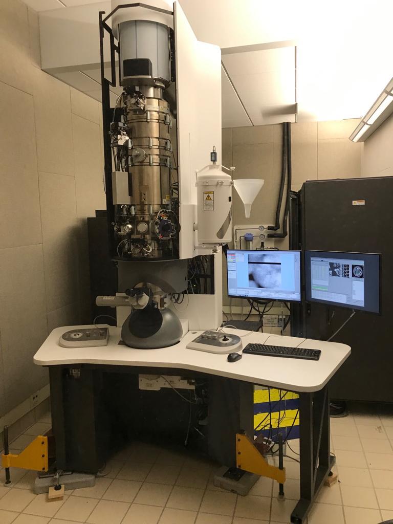 FEI 透射电镜ARISMD主动隔震台安装案例.jpg TEM透射电子显微镜主动隔振台.jpg