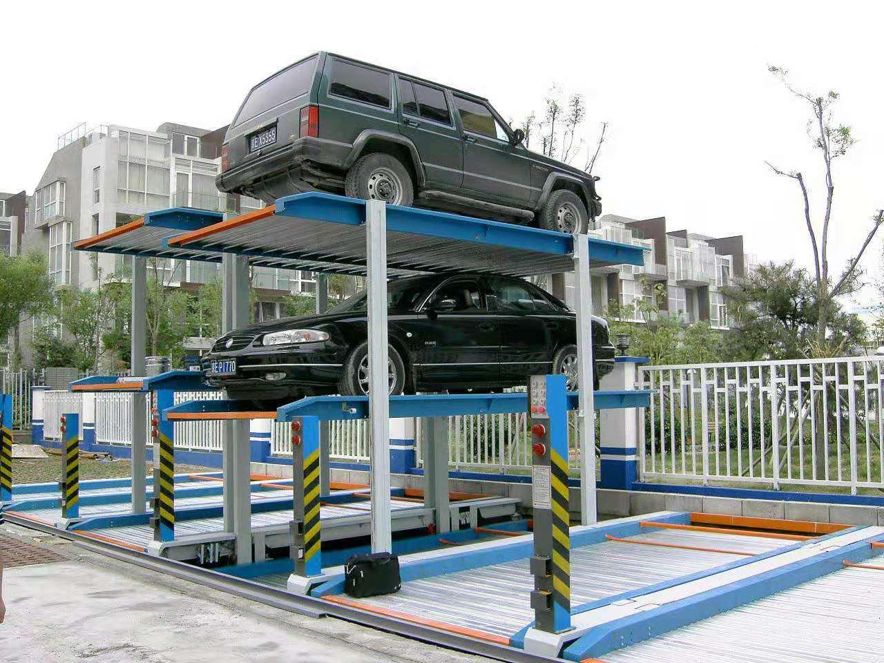 三層簡易升降類立體車庫