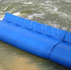 浮力式应急挡水子堤