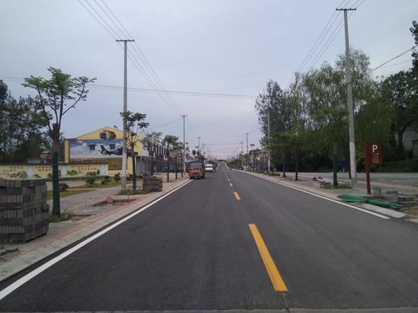 军旅小镇-三界道路标线施