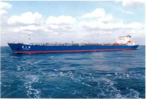 佑选电气为大连利强船舶机械提供了完美的无功补偿解决方案