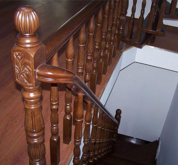 合肥樓梯廠家_室內樓梯安裝的注意事項與要點
