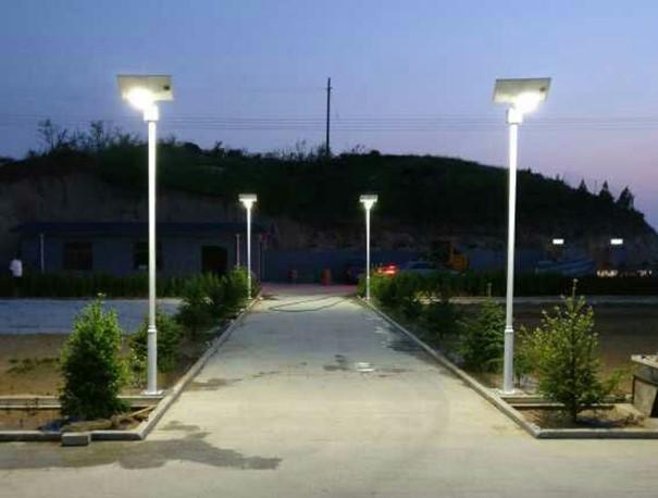 双登太阳能路灯电池